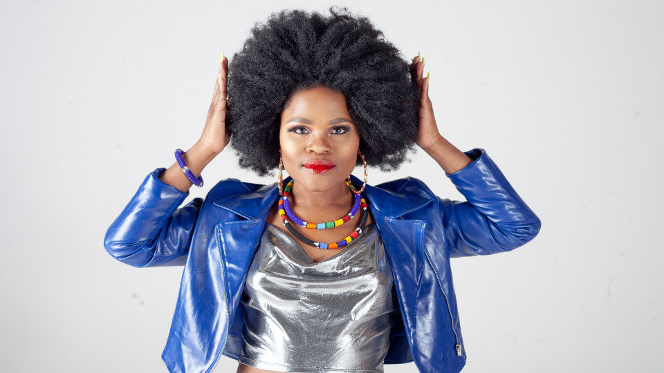 """Afrocentric presents Mpumi """"Wena"""" Live in Dubai - Friday 4th Oct,Pure Sky lounge,Afrobeats"""