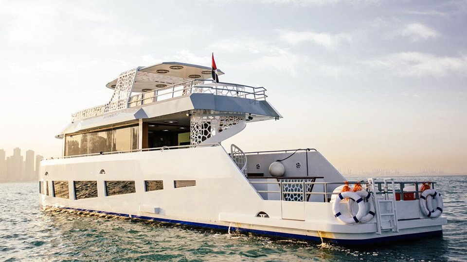 Marina Luxury Yacht Cruise - Morning, Afternoon and Sunset,Xclusive Tours - Dubai Boat Sightseeing Tours,رحلات بحريه اليخوت
