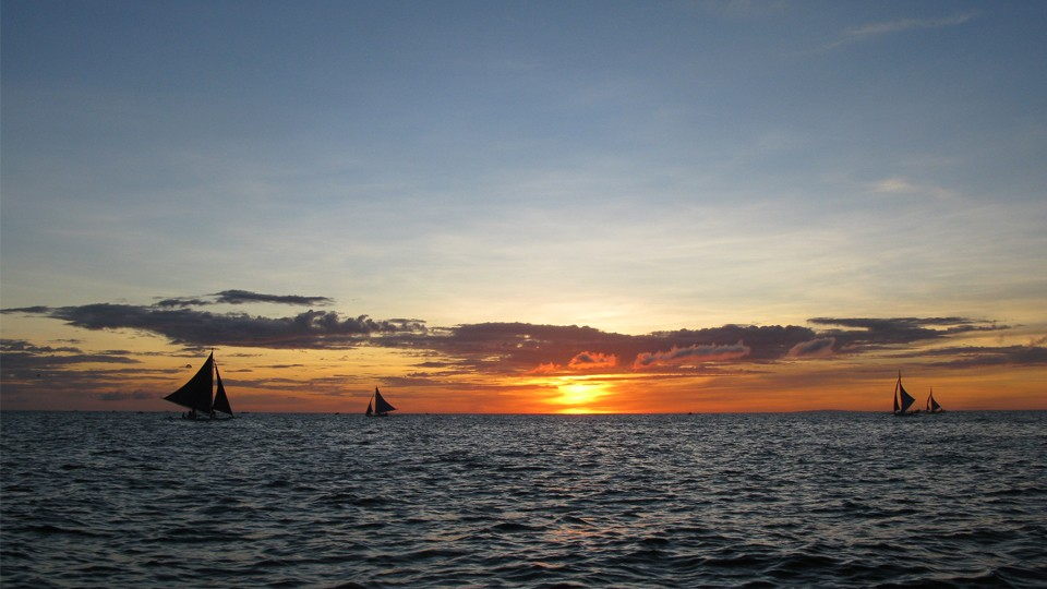 Paraw Sunset Sailing,Boracay White Beach,Attractions, Experiences